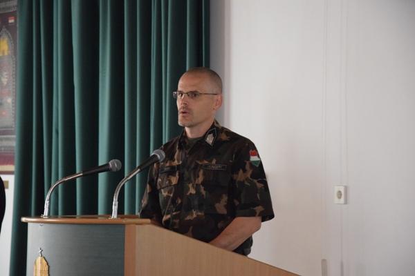 3d7bc8db42 A második tanfolyamon Deme Balázs alezredes, a Honvéd Vezérkar Személyzeti  Csoportfőnökség, Központi Humánerőforrás-támogató Osztály, ...